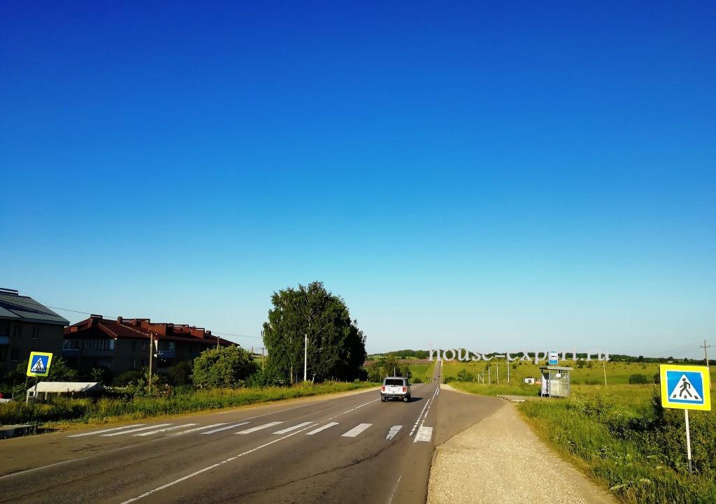 Главный подъезд в Симоново, Заокский район, Тульской области.