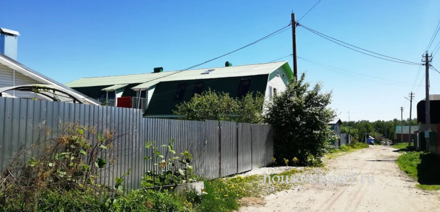 В продаже часть дома с коммуникациями в посёлке Заокский.