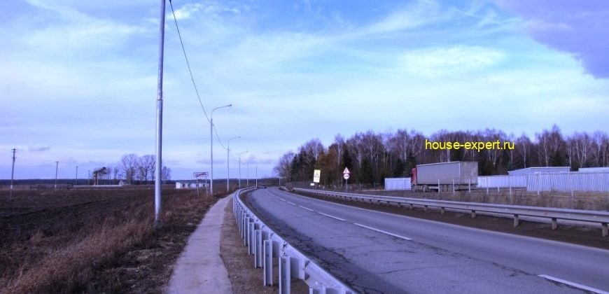 Участки в дачном посёлке у реки Ока, Серпуховский район, коммуникации, асфальтированный подъезд.